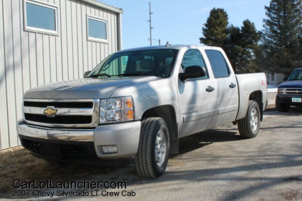 Used 2007 Chevy Silverado LT Crew Cab for sale at CARLOTLAUNCHER in Any Town IA