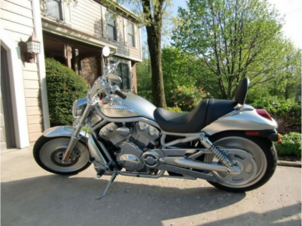 Used 2002 Harley Davidson V-Rod for sale at CARLOTLAUNCHER in Any Town IA